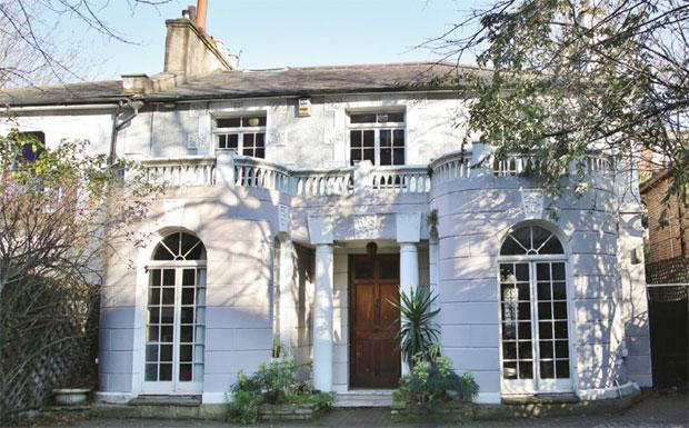 London auction property image