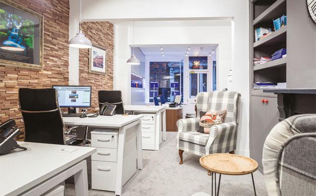 Douglas & Simmons office image