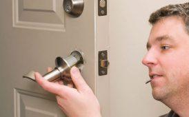 Landlord changing locks image