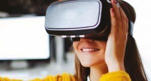 Virtual reality headset image