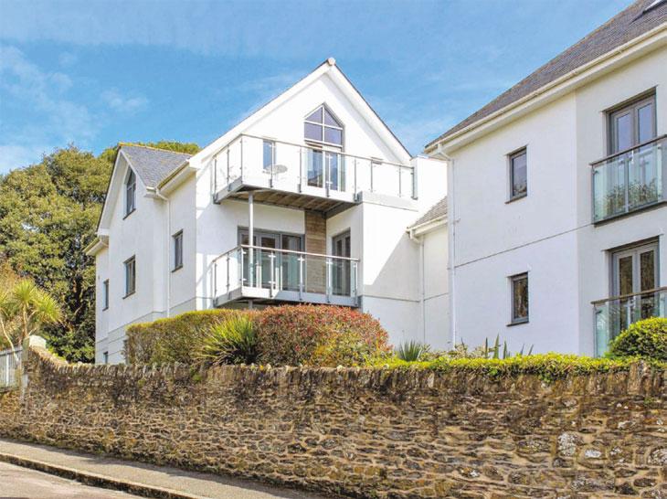 Falmouth property exterior image