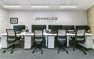 Johns&Co new office - London City Island - image