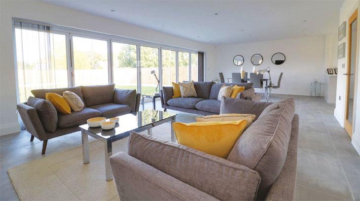The Granaries - Manningtree - interior image