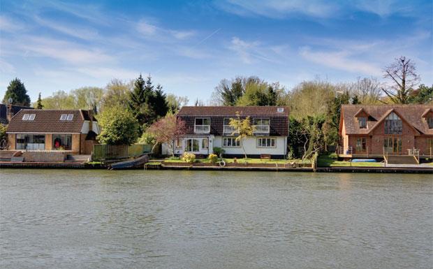 Chertsey, Surrey, image