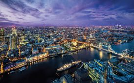 London city scene image