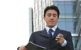 agent using social media image